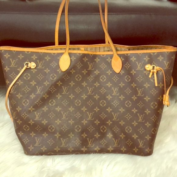 Louis Vuitton Handbags - 🔥 Authentic Louis Vuitton Neverfull GM Monogram